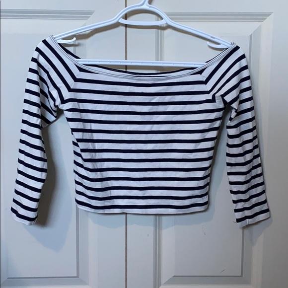 Hollister Tops - Stripped crop Holister shirt
